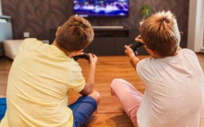 PARLIAMONE INSIEME – Gioco spontaneo e gioco digitale